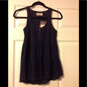"NWT ""So"" (Authentic American Heritage) navy top."